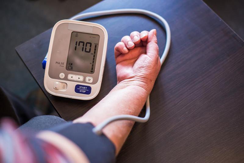 Mi okozhatja a reggeli magas vérnyomást? | franciskakft.hu