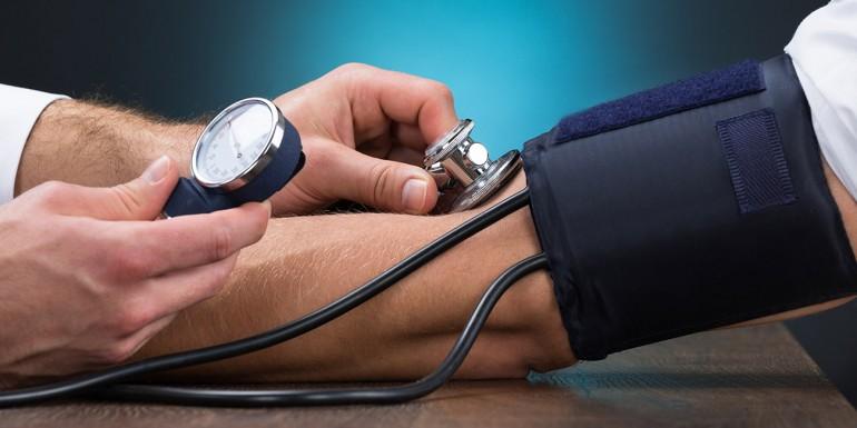 Fogyókúra pajzsmirigy alulműködéssel, IR-rel és magas vérnyomással | Futásról Nőknek
