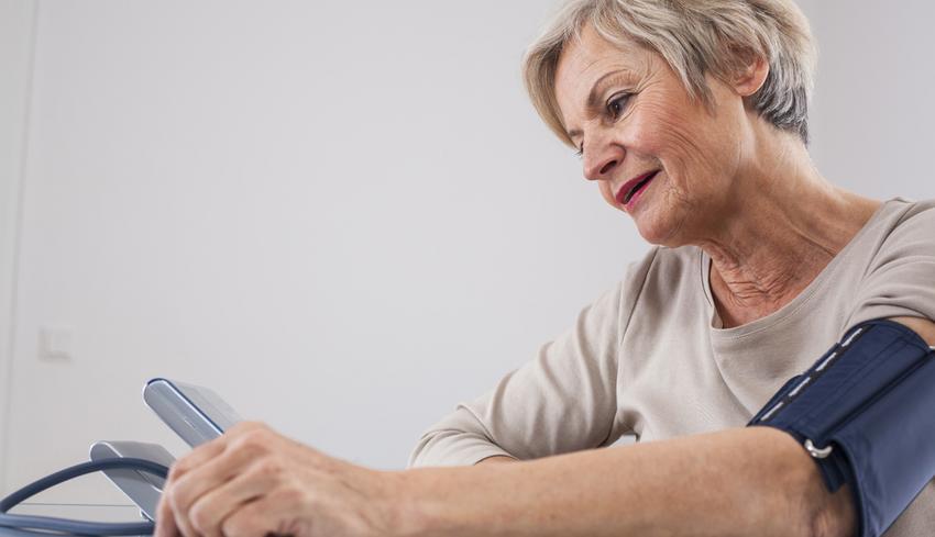 magas vérnyomás esetén milyen vizsgálatokat kell elvégezni