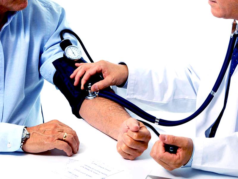a hipertónia receptjeinek alternatív kezelése örökletes magas vérnyomás elleni gyógyszerek
