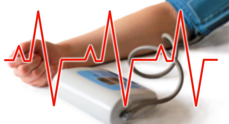 magas vérnyomás esetén vizet kell inni