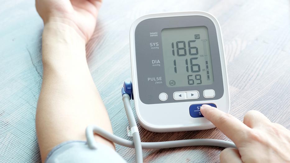 Magas a vérnyomásod? Semmiképp ne csináld ezeket, tovább emelkedhet - Kiskegyed