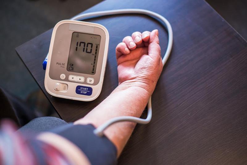 a magas vérnyomás korai stádiuma lehetséges-e hipertóniával