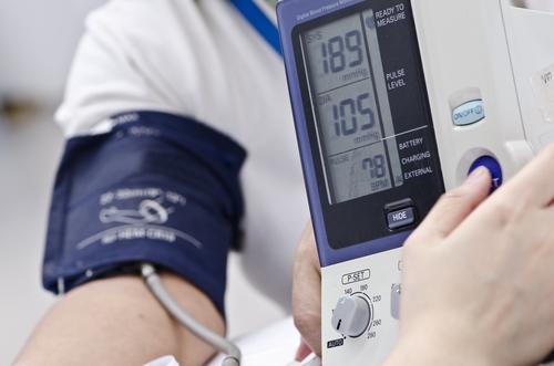 a vérerek magas vérnyomásban lehetséges-e tejes bogáncsot szedni magas vérnyomás esetén