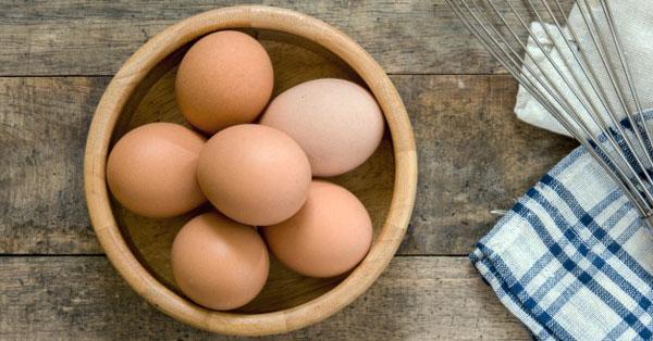 Egyszerre használ és árt a tojás