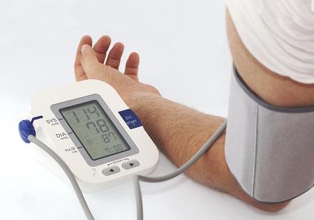 magas vérnyomás hányás magas vérnyomással a mióma és a magas vérnyomás eltávolítása
