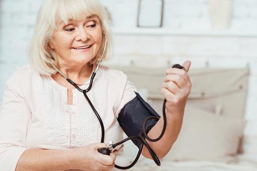 bal szív magas vérnyomás mi a második fokú kockázat a magas vérnyomásban