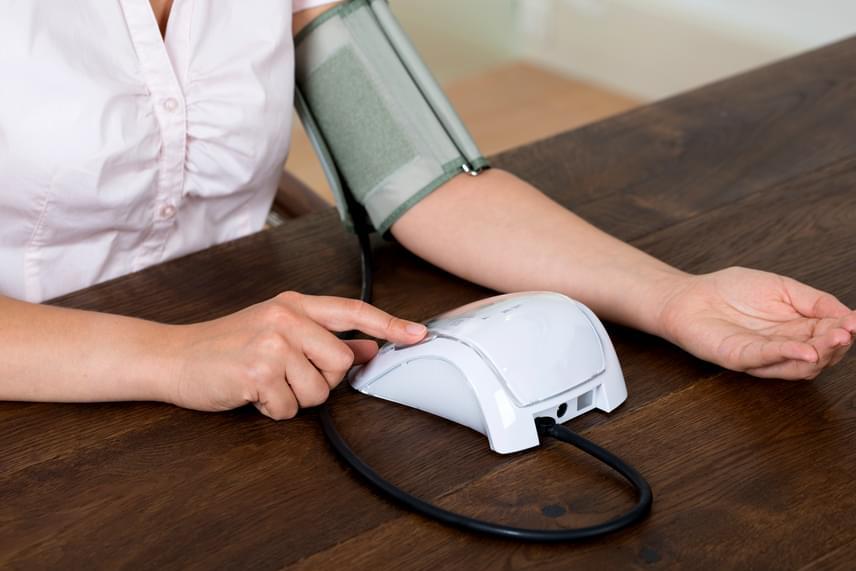Magas vérnyomás miatt is gyakrabban mehetünk ki éjjel   franciskakft.hu