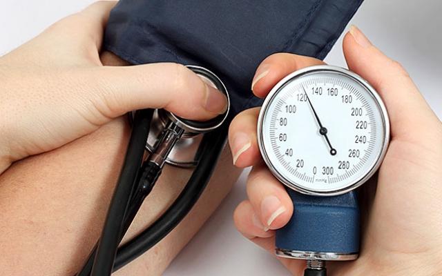 felső nyomású hipertónia de shpa a magas vérnyomás kezelésében